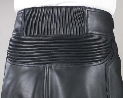 腰後部の縦横シャーリング
