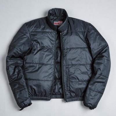 着脱できるインナージャケット。中綿入りで暖かさ抜群。