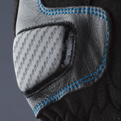 平側にパッドを装着して安全性をアップ。分割したアテ革をあて、耐久性を向上。