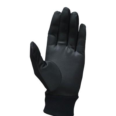 甲側にストレッチ素材を採用。手首はリブ編みで寒気をシャットアウト。