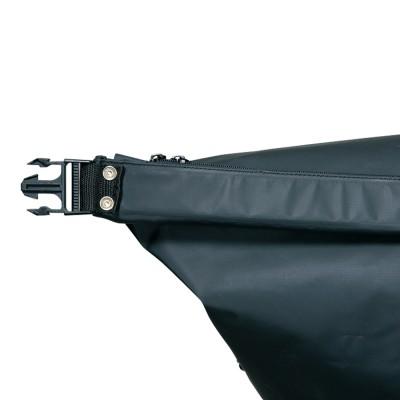 上部開口部にソフトプレートを内蔵し巻き取りやすさをサポート